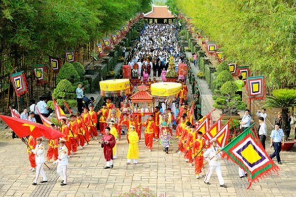 Những điều cần lưu ý khi du lịch Đền Hùng vào dịp lễ